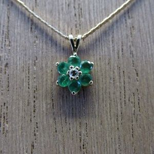 Jewelry - Vintage 14k Gold Emerald and Diamond Necklace